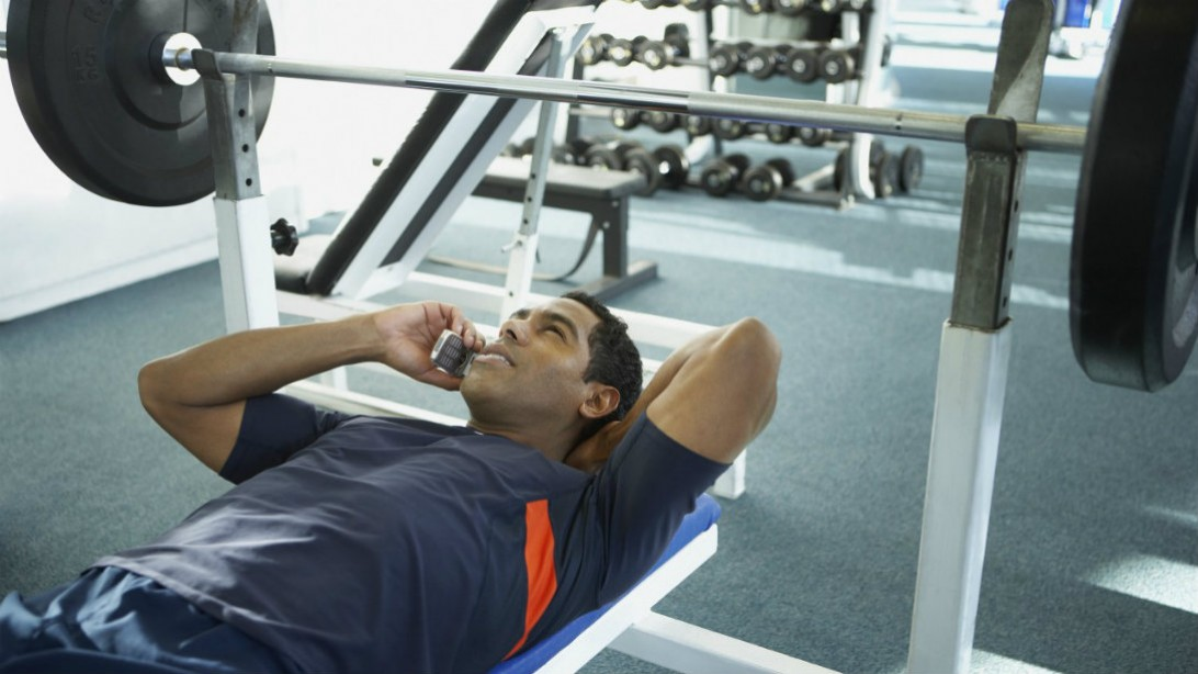 Things you should never do at the gym fitness